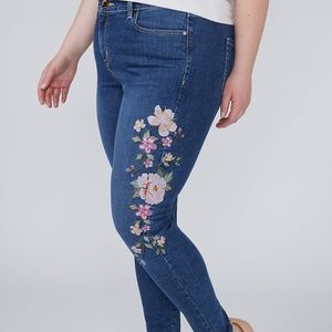 NWOT Lane Bryant Embroidered Skinny Jeans